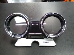 GENUINE-SUZUKI-GSX1400-SPEEDOMETER-CLOCKS-UPPER-CASE-COVER-2002-2004-K2-K4