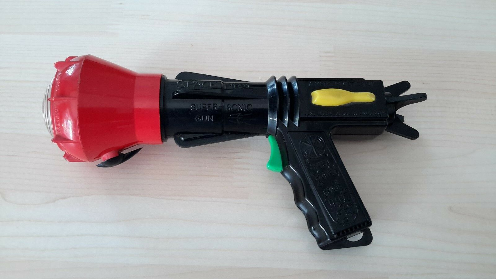 REDUCED   Very Rare Original Vintage Dan Dare 1950s Space Pilot Sonic Gun
