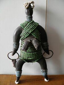 statuette-africaine-Cameroun-poupe-namji