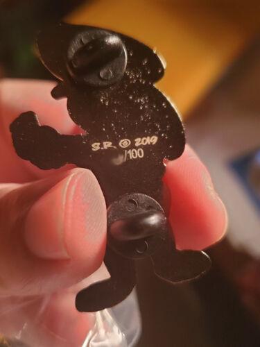 Zootopia Fantasy Disney Pin Little cop Judy hopps LE100 Sticker