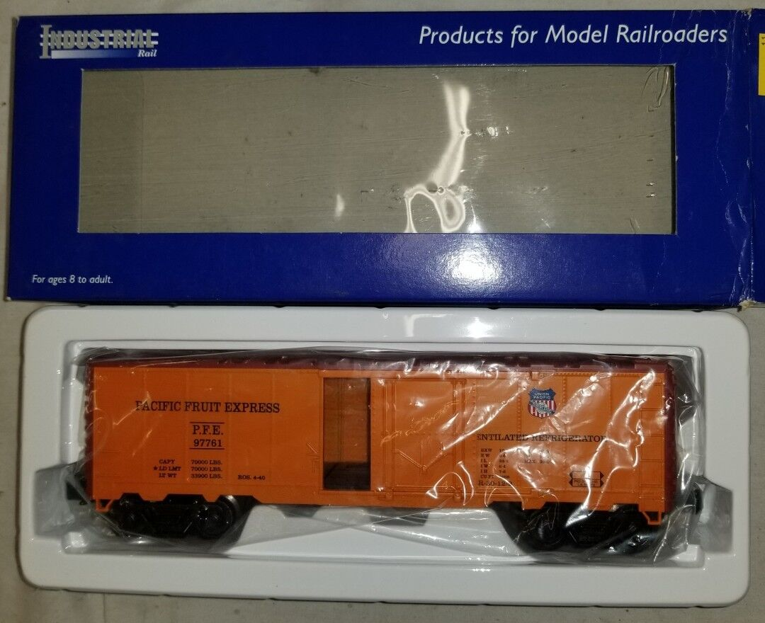 Industrial Rail IDM 2002 027 Reefr Car Union Pacific-Pacific Fruit Express (13G)