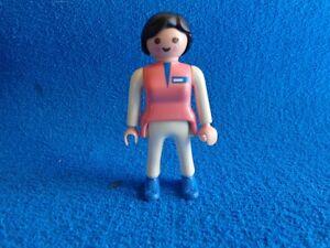 Playmobil-Enfermera-pantalon-blanco-camiseta-rosa-Nurse-Krankenschwester
