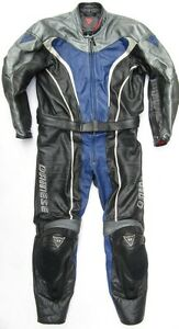 Top-DAINESE-Defender-Gr-50-Zweiteiler-Lederkombi-schwarz-blau-Leather-Suit