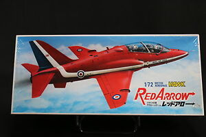 XB019-FUJIMI-1-72-maquette-avion-7A-C2-500-Red-Arrow-British-aerospace-Hawk-1983