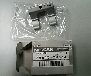 Image is loading INFINITI-28647-9W50A-GENUINE-OEM-WASHER-NOZZLE-RETAINER-