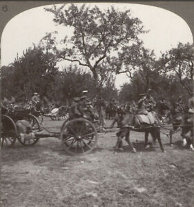 WW1-Royal-Artillery-Hooking-up-amp-Moving-off-to-Assist-at-a-Threatened-Point