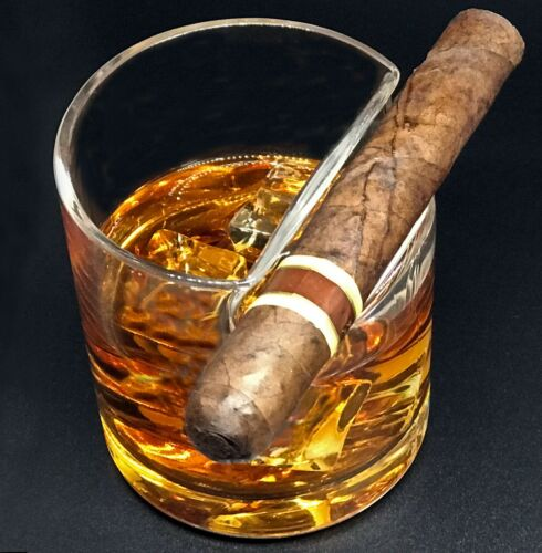 Cigar Whiskey Glass Top-Mounted Cigar Rest
