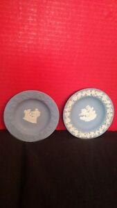 Wedgwood-Made-In-England-Blue-Jasperware-4-1-4-034-Mini-Plate-Trinket-Dish-EUC