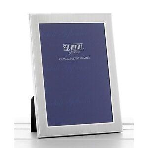 Lovely-Silver-Satin-Colour-photo-frame-5-X-3-5-shudehill-Giftware