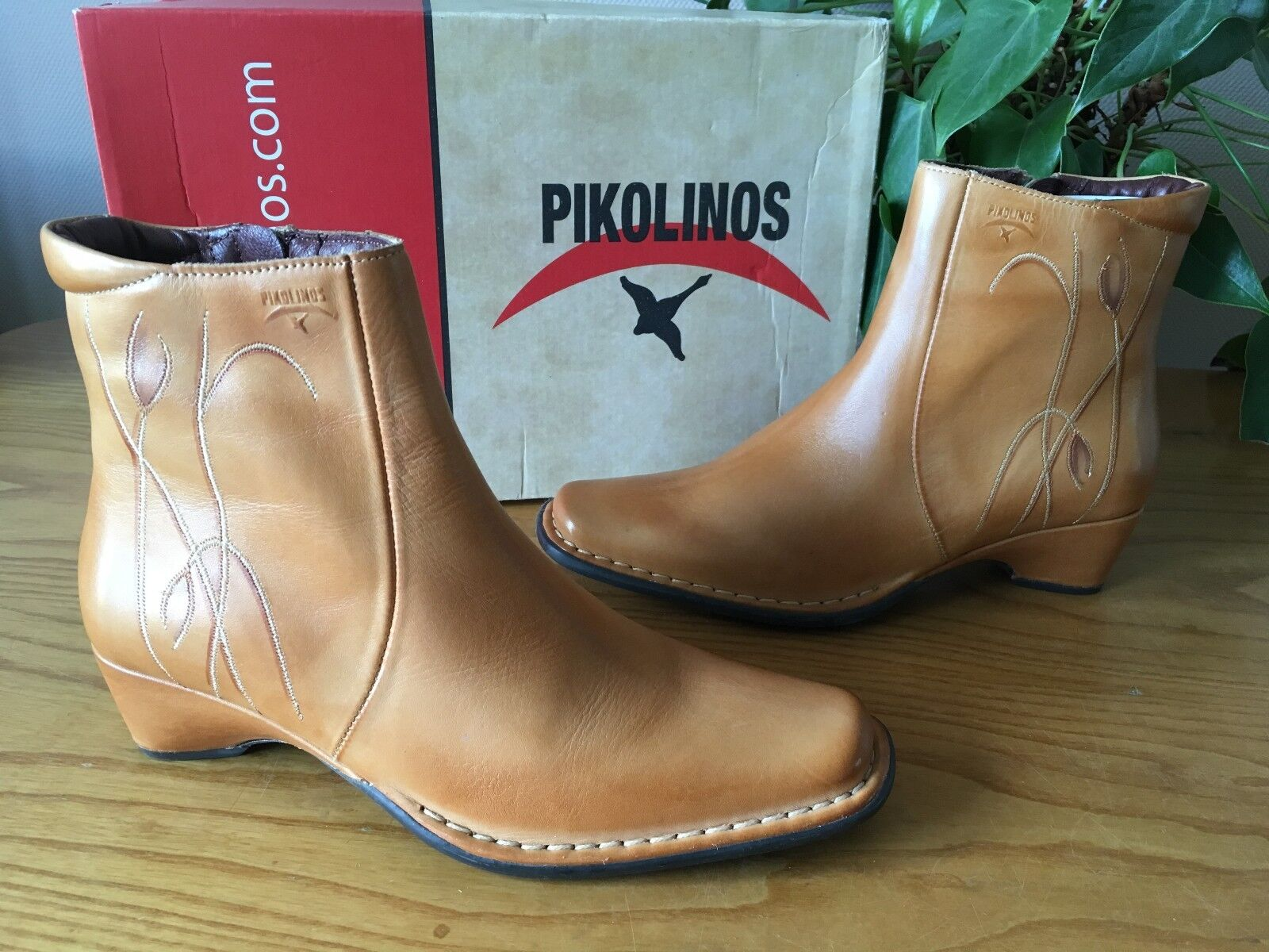 Pikolinos tan leather embroidered detail detail detail ankle boots UK 4 EU 37 BNIB 02cca5