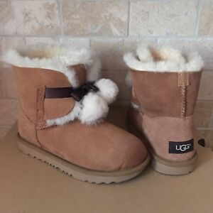 41543e22709 Details about UGG GITA CHESTNUT SUEDE POM POM BOW BOOTS SIZE 6 KIDS YOUTH  GIRL fits WOMENS 8
