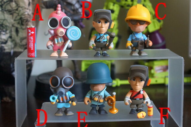 Team Fortress 2 Portable Mercs 3 Inch Collectible Figures Engineer