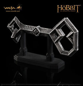 The-Hobbit-An-Unexpected-Journey-The-Key-to-Erebor-Prop-Replica-by-WETA