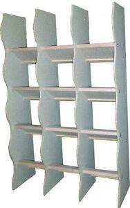 Etagère avec 16 sièges pour pigeons, pigeonnier - bois (art. 80516)
