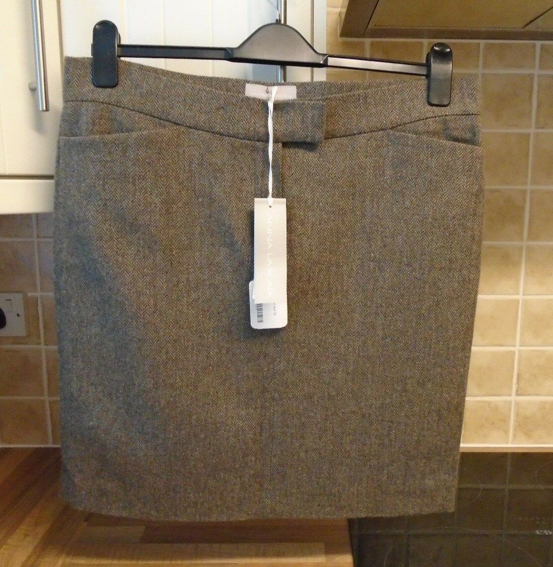 New RRP  Anna Lascata Herringbone Wool Skirt 42 Approx 14   Small 16
