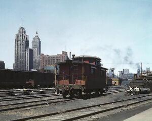 Fotografie CHICAGO FREIGHT DEPOT 8X10 PHOTO DEPRESSION ERA 1943