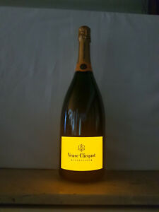 Champagne-veuve-clicquot-brut-luminous-Magnum-botella-1-5l-12-vol