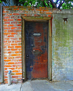 Rusty-Door-Through-Ancient-Wall-NEW-ORLEANS-8x10-Photo-SIGNED-by-Louis-Maistros
