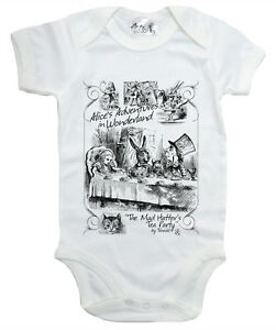Alice-Wonderland-Baby-Bodysuit-034-Mad-Hatter-039-s-Tea-Party-034-Baby-grow-Vest-Clothes