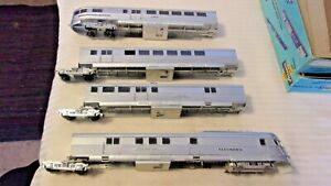 HO-Scale-Vintage-Burlington-Pioneer-Zephyr-Locomotive-3-Passenger-Cars-Rare-Set
