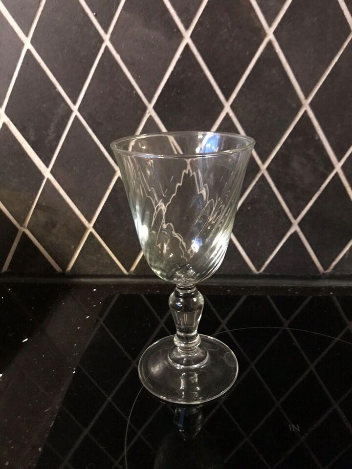 Glas, 10 styks gamle vin glas med det flotteste spil i
