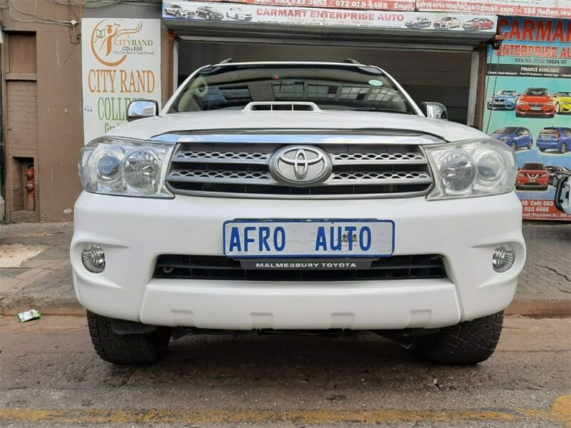 2009 Toyota Fortuner 3.0 D-4D 4x2 AT