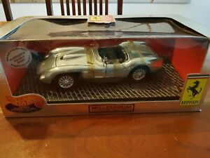 Hot Wheels Ferrari 250 Testa Rossa 1 18 Millenium Limited Series Handfinished Ebay