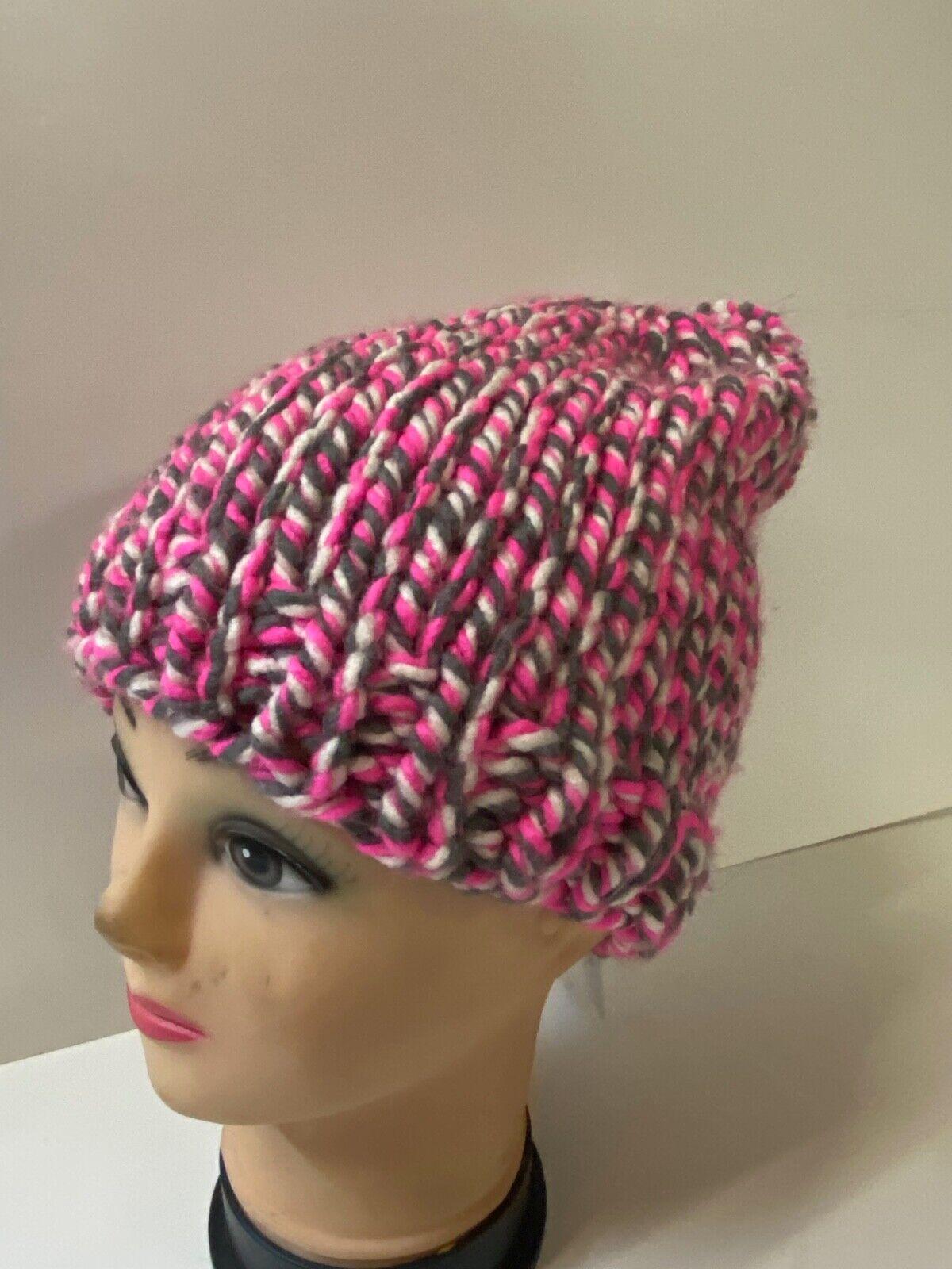 Handmade Mütze Pompon pink weiß Bommelmütze Wollmütze Skimütze handgestrickt