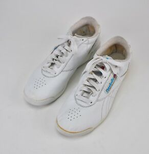 54e0d2a8105 REEBOK CLASSIC Vintage 1989 Women s White Leather Casual Tennis ...