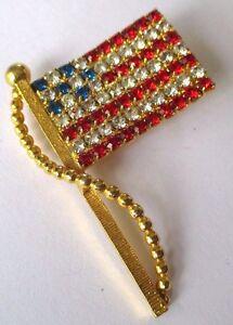 broche-bijou-annee-1980-drapeau-US-cristaux-tailles-de-couleur-316