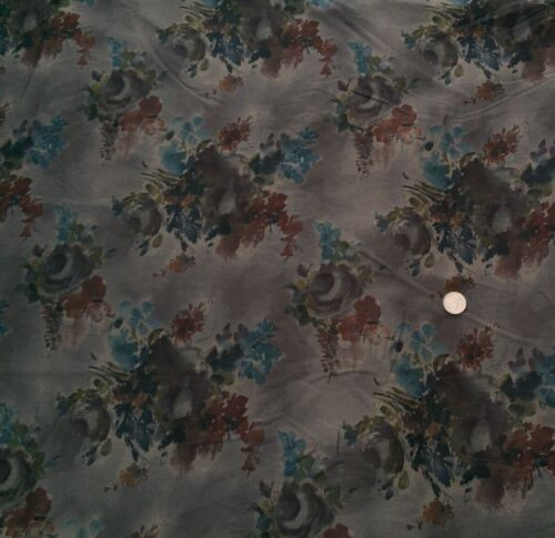 per metre Liberty Of London Cotton 100/% Tana Lawn /'Denise Eva/' Grey