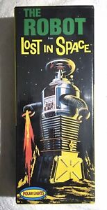 POLAR-LIGHTS-THE-ROBOT-FROM-LOST-IN-SPACE-MODEL-KIT-1997-SEALED-MINT