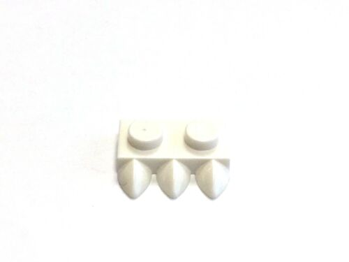 FREE P/&P! LEGO 15208 1X2 Plate Claws - Select Colour Modified w 3 Teeth