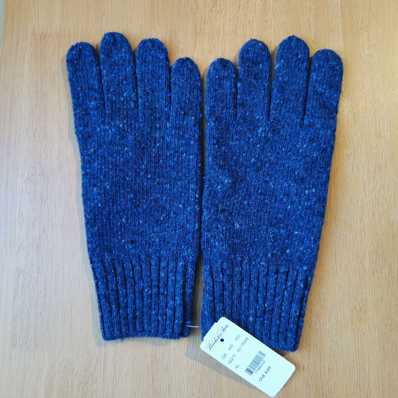 Brooks Brothers Men's One Size Italian Yarn Knitted Merino Wool Blue Knit Gloves
