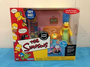 Simpsons-Interactive-Environment-Living-Room-with-Marge-and-Maggie