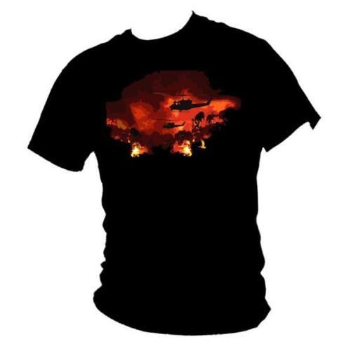 Apocalypse Now Redux Huey helicopter Martin Sheen Vietnam film mens T-shirt
