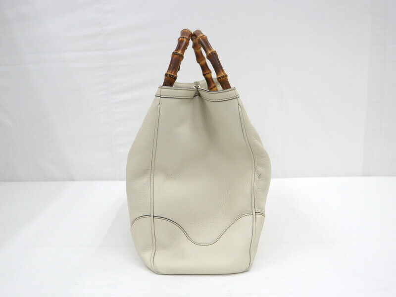 Used Gucci Diana Bamboo Tote Bag Leather White W3… - image 4