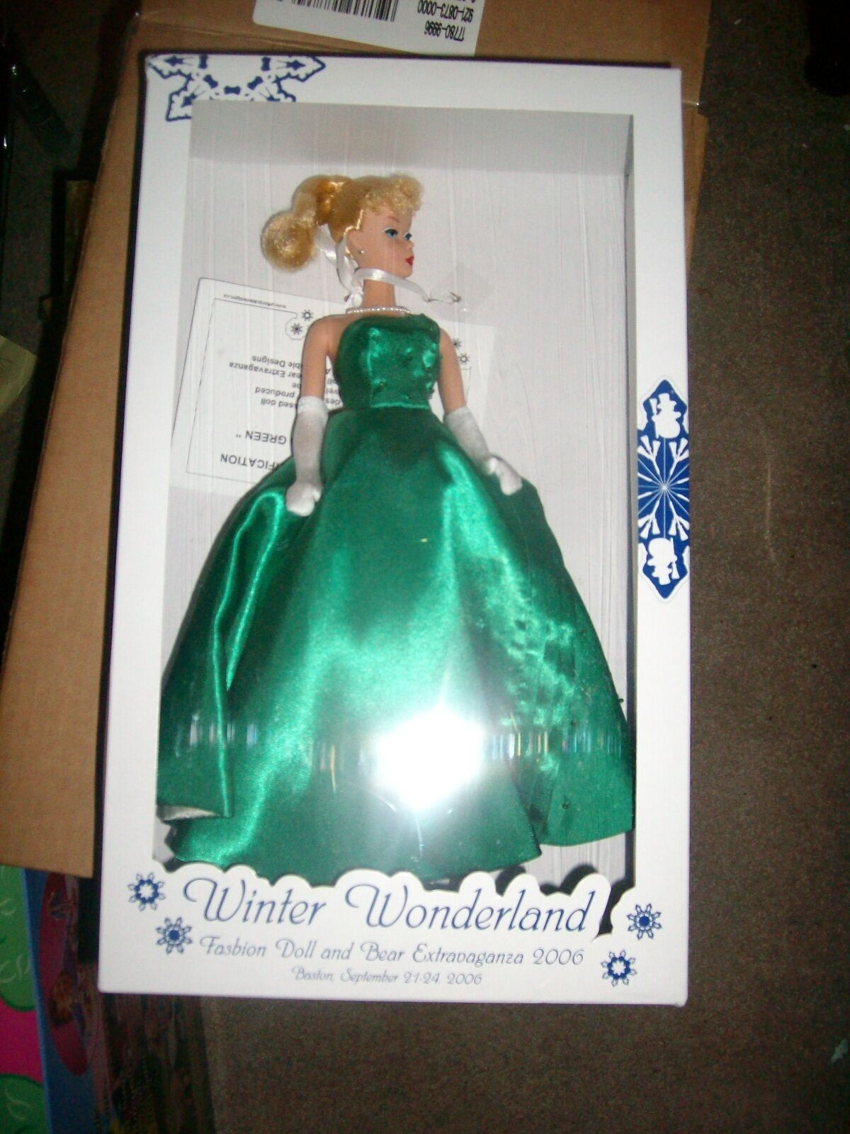 2006 Invierno Muñeca Barbie Glamour en verde Denis Bastien Raro 500WW Covention
