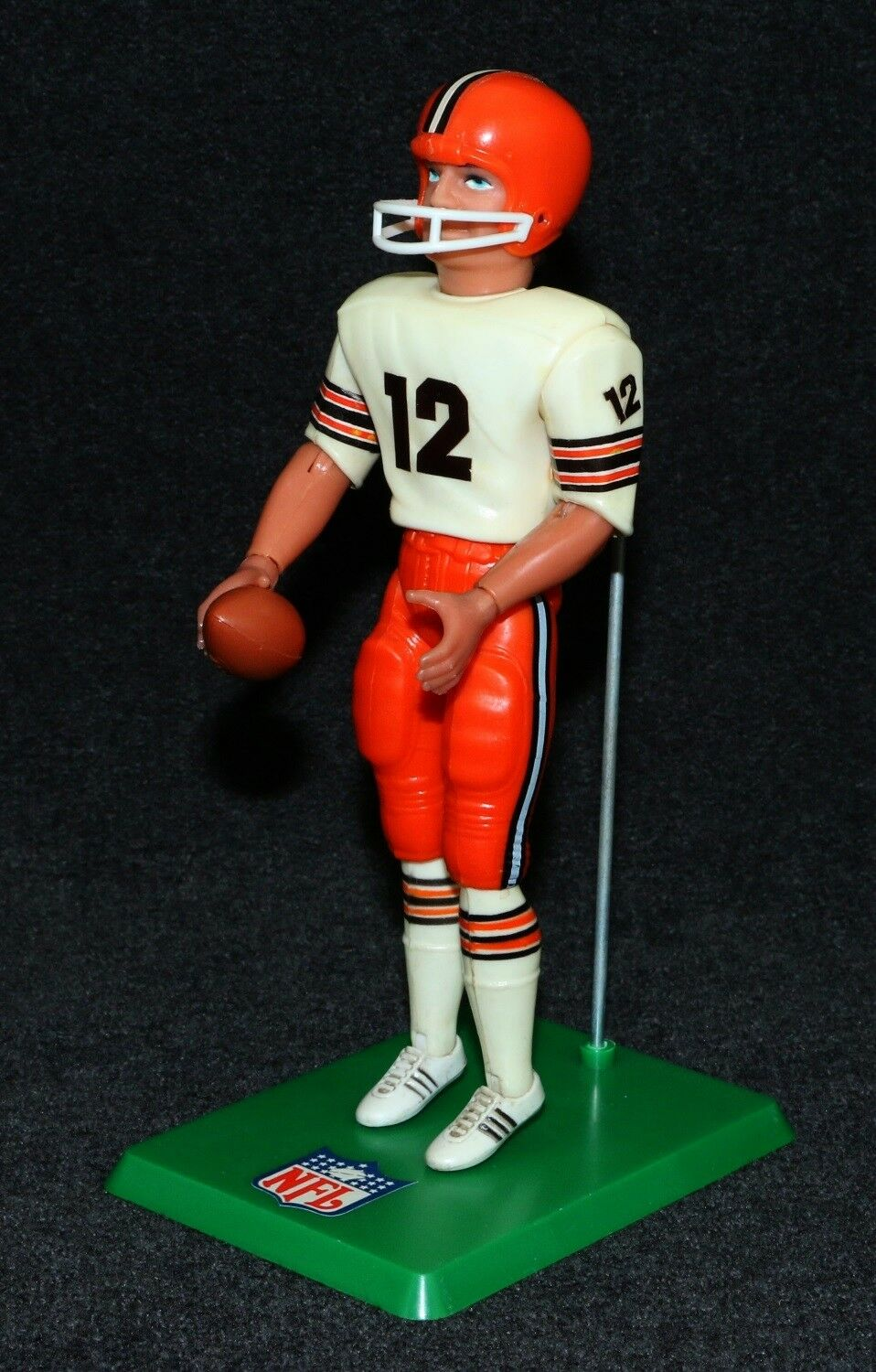 NFL Action Team Mate 1977 Football Player Cleveland brauns