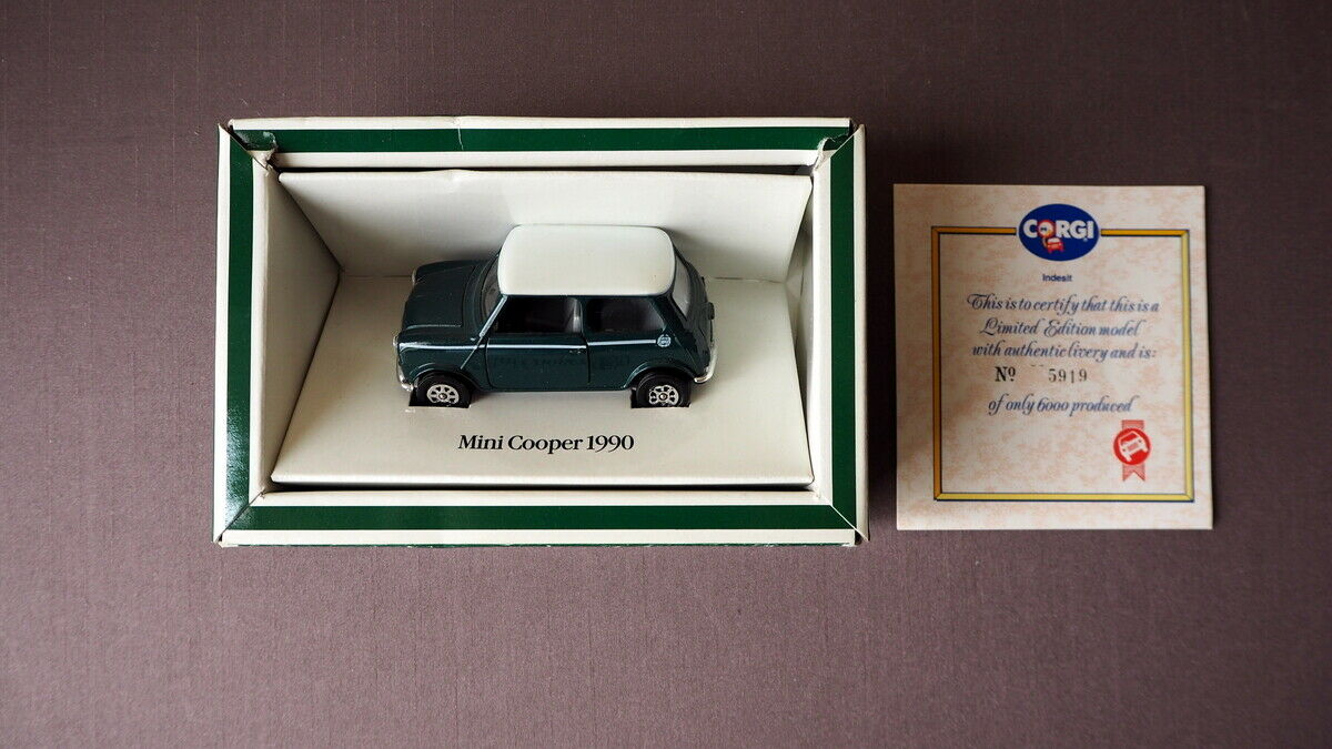 80558 - Corgi - Mini Cooper 1990 - BRG with White Roof - Indesit