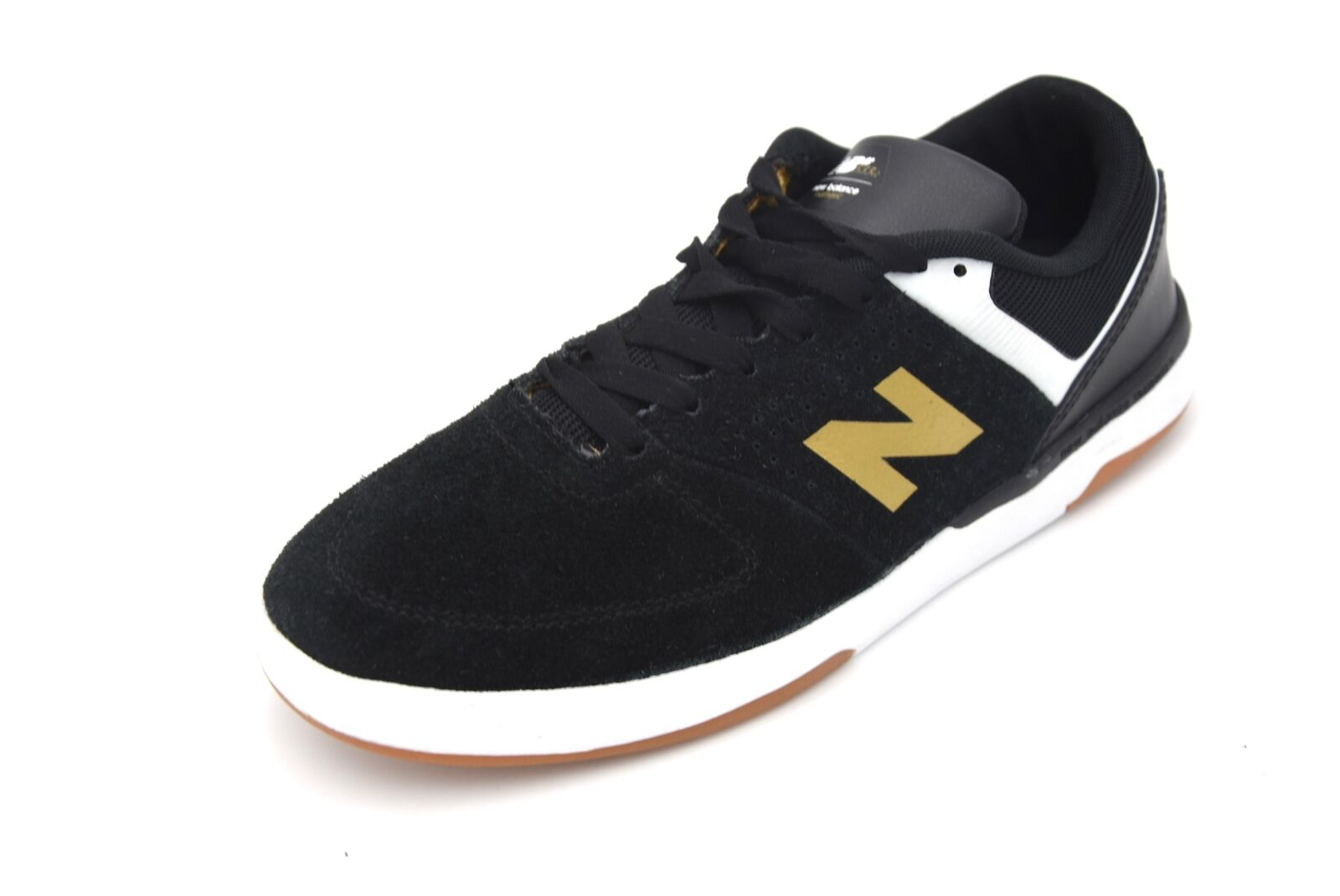 NEW BALANCE MAN FREE TIME CASUAL SNEAKER SHOES SUEDE CODE NM533TP2