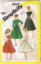 Vtg 50s Retro Rockabilly V-Back Buttoned Dress Simplicity Sewing Pattern Sz 10