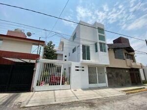 Habitación ejecutiva en Renta en Prados de Agua Azul Puebla