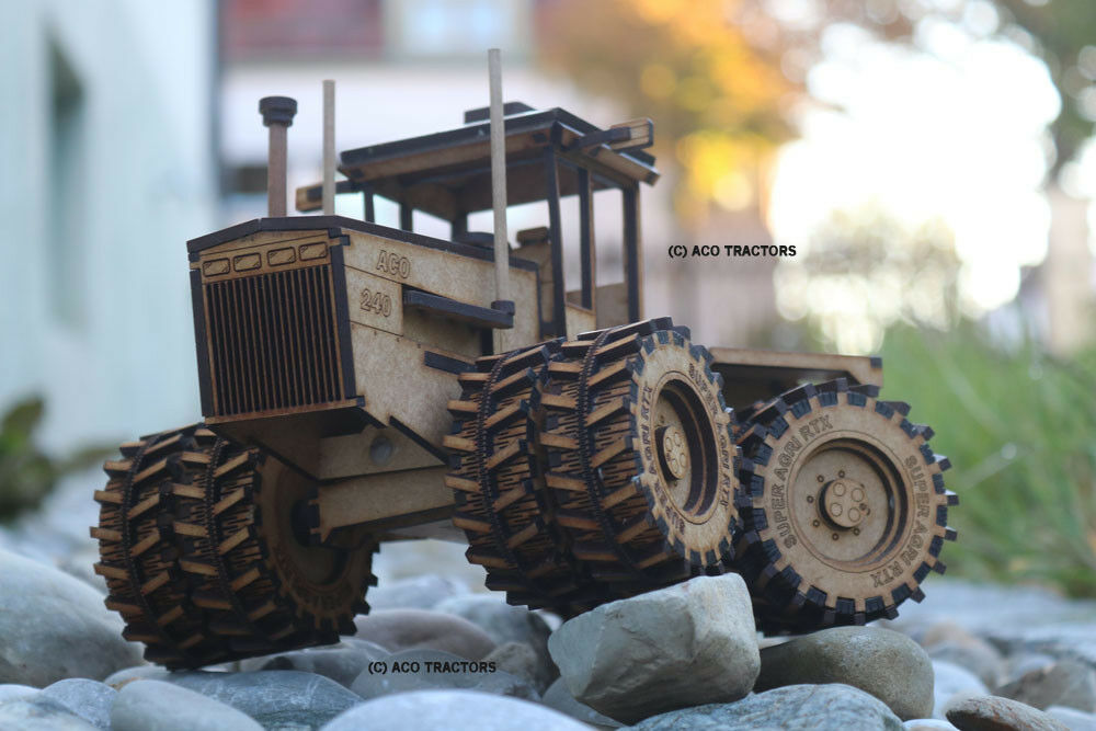 ACO 240 articulated TRACTOR MODEL + wood + South Africa + 1 32 + TREKKER
