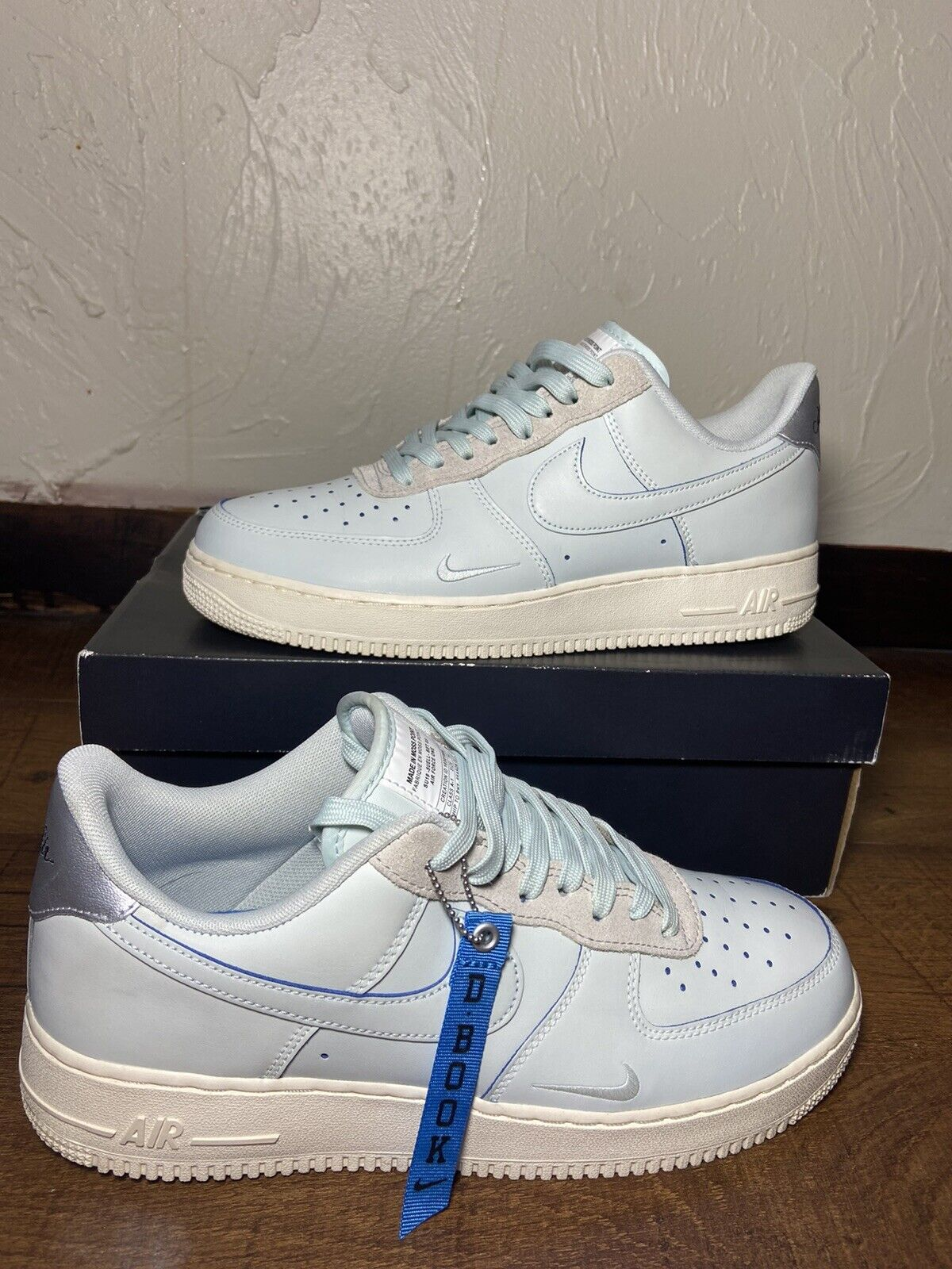 DEVIN BOOKER X AIR FORCE 1 LOW LV8 'MOSS POINT'