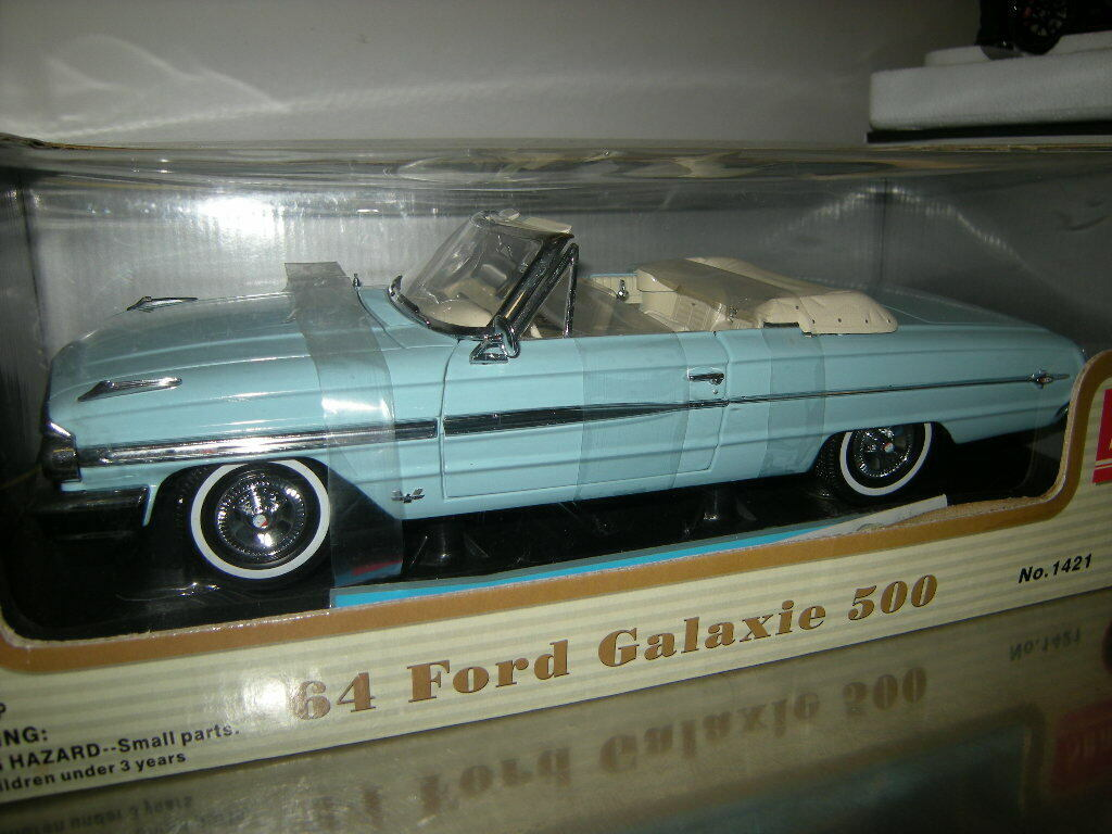 1 18 Sun Star Ford Galaxie 500 1964 hellblau light Blau Nr. 1421 in OVP