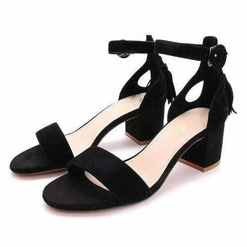 Suede femmes Ankle Strappy Buckle Sandals Round Toes Block Med Heels Tassel chaussures