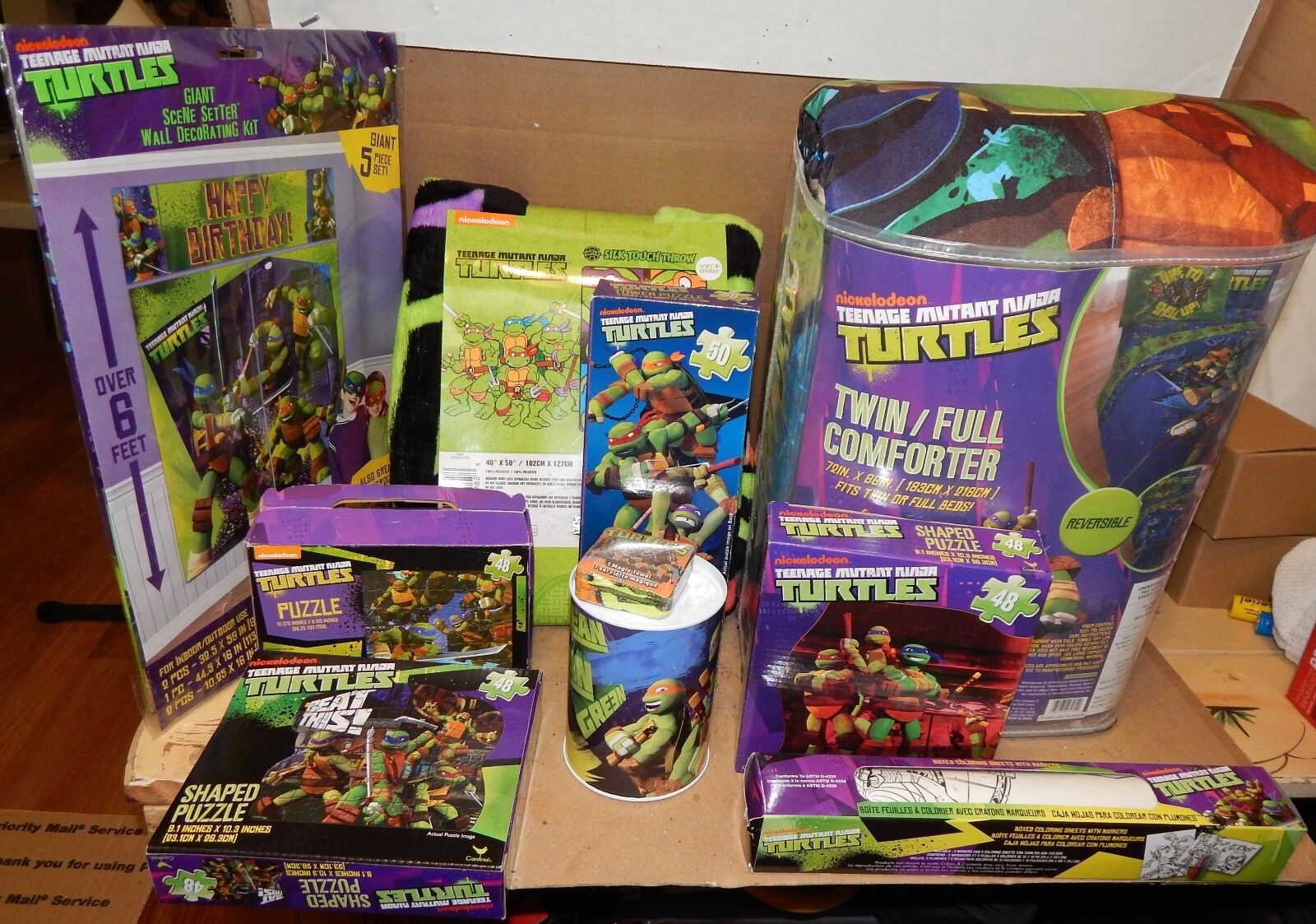 Mutant Ninja Turtles Mix Lot 10 objets Couette Soie touchthrow Puzzles etc 157J