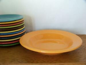 Fiesta-TANGERINE-9-034-Rim-Soup-Bowl-Discontinued-Color