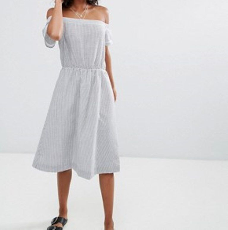 DRA Clothing SANTELLE grau Weiß STRIPE Off Shoulder A-Line DRESS Seersucker S